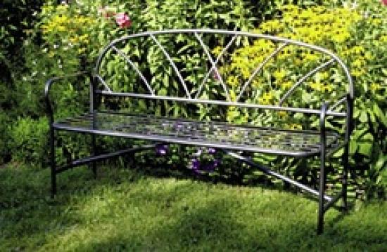 Tri kerti pad egyedi készítésű kovácsoltvas kerti bútor